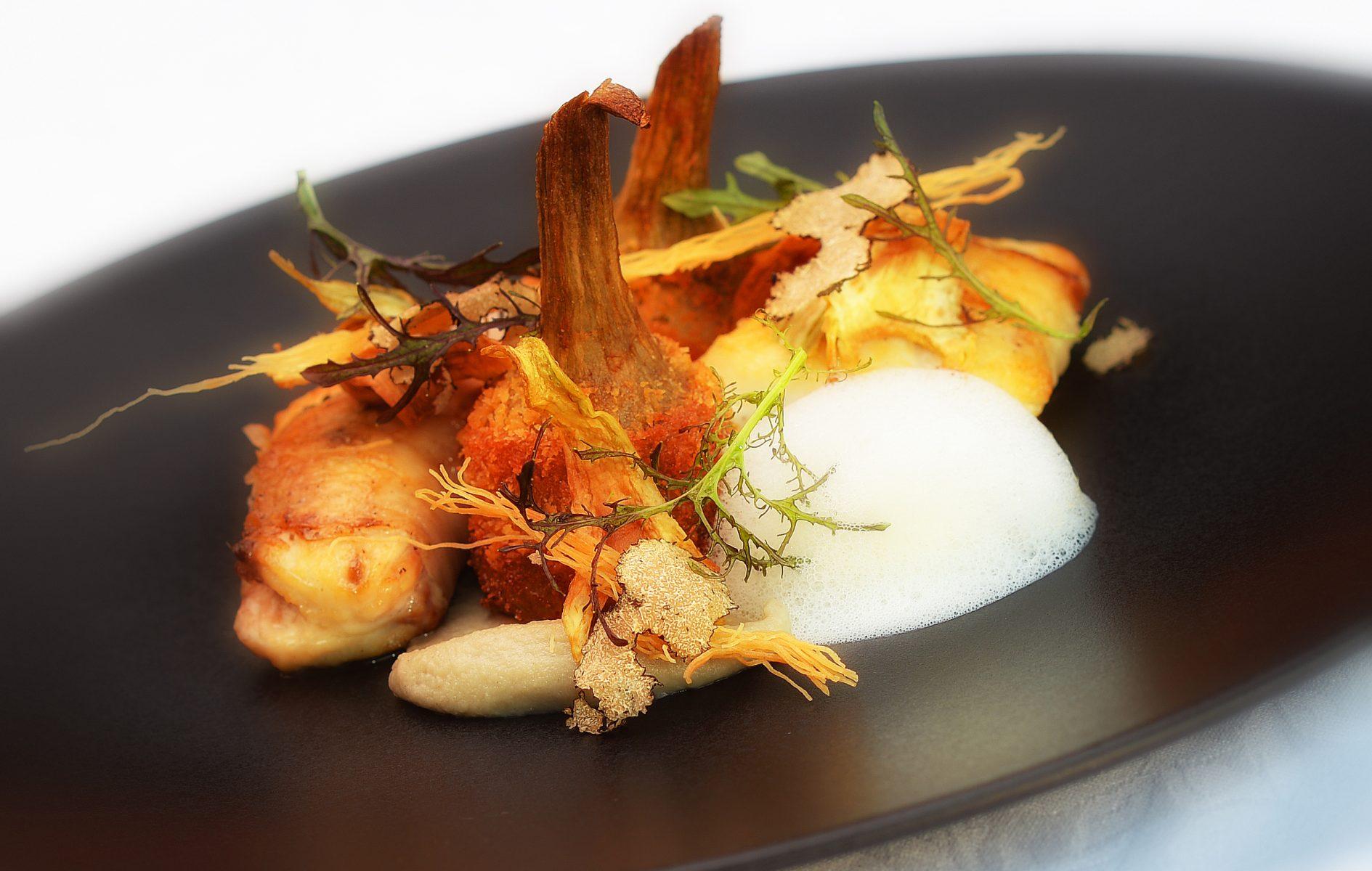 LE MAS DU LANGOUSTIER. Restaurant Olivier. Food 3