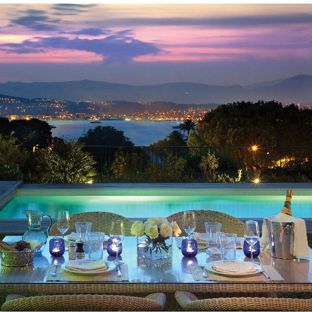 VE. PRODUCT.1647villa_eleana_dinner_in_the_garden