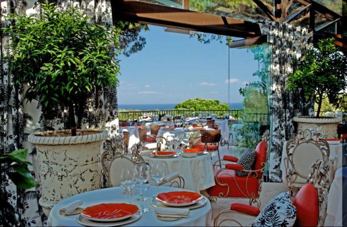 VM.FEATURE.restaurant_C