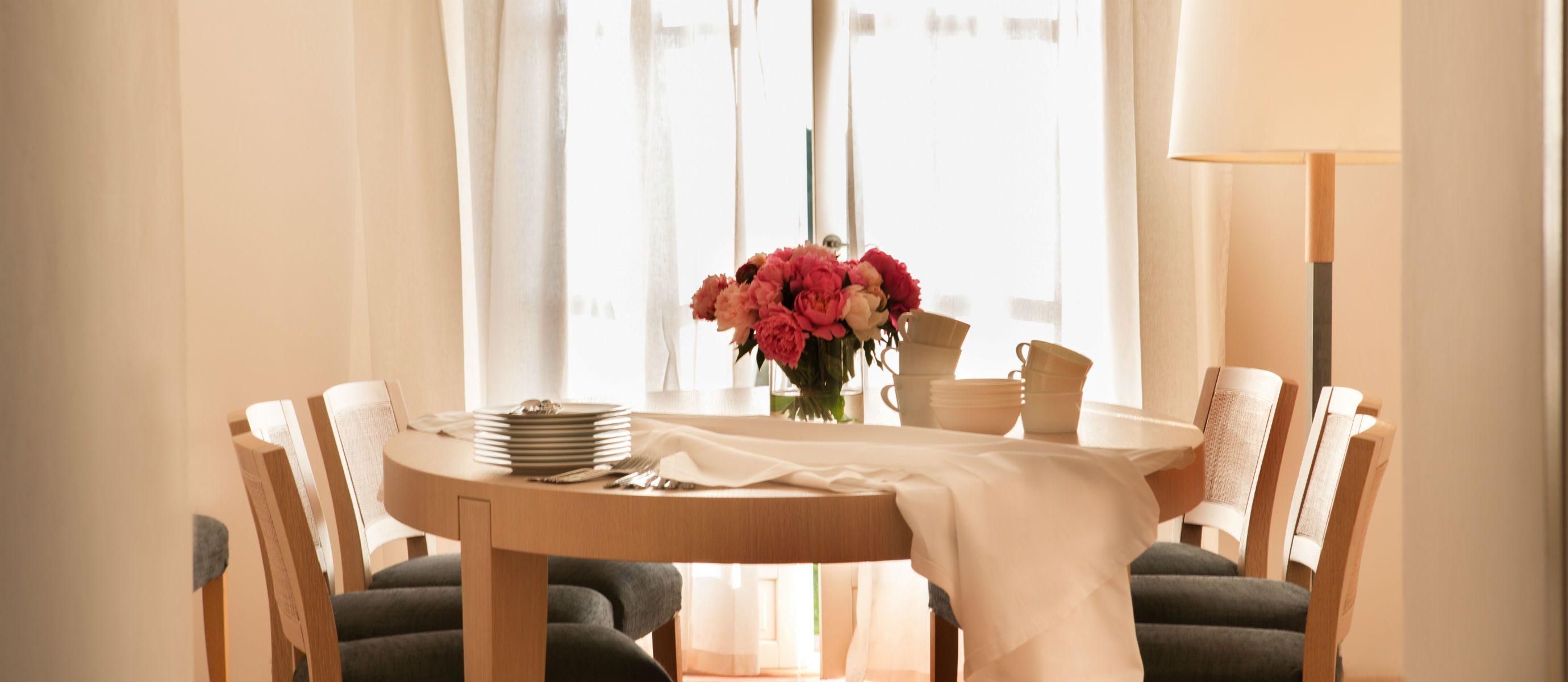 Villla-12-La-Reserve-Ramatuelle-Dining-room.MAIN3