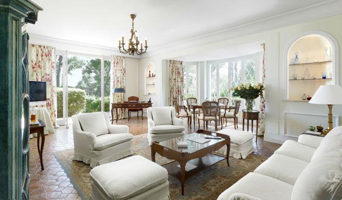 villa les cedres st tropez luxury. Black Bedroom Furniture Sets. Home Design Ideas